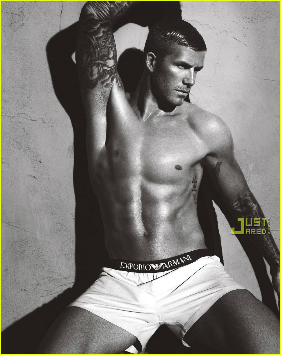 http://nicolasramospintado.files.wordpress.com/2007/01/david-beckham-armani-underwear-03.jpg