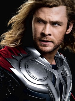 Chris-Hemsworth-in-The-Avengers-2012-Movie-Image