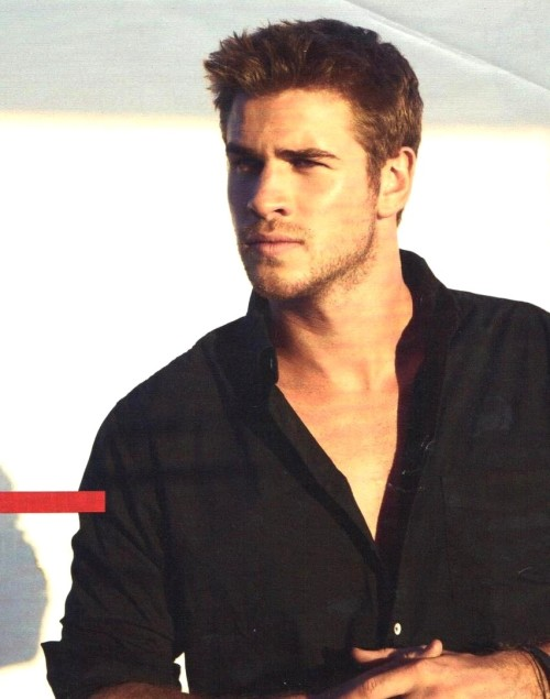liam-hemsworth-hot-18