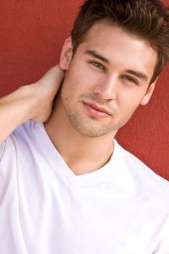 Ryan Guzman 3