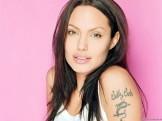 Angelina-Jolie (2)