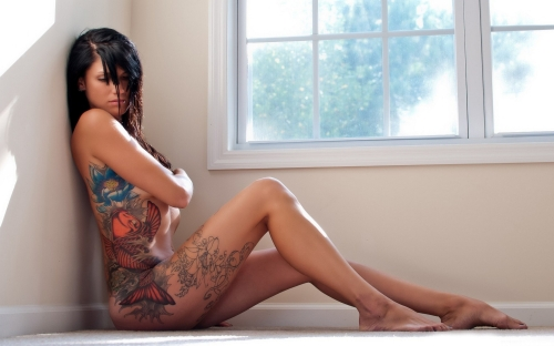 sexy-naked-tattoos-woman