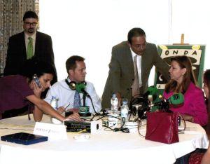 Maria Antònia Munar en Onda Cero Radio con Nicolás Ramos Pintado y el equipo del programa