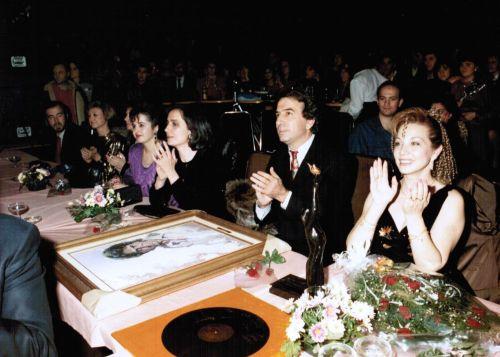 José_Luis_Perales-Karina_Manuela_Premios_Corazon_de_la_Mancha-1989