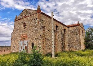 Iglesia cercana a la estación de Rio Záncara