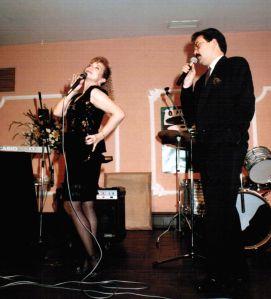 Karina con Nicoás Ramos. Premios Corazón de la Mancha 1990