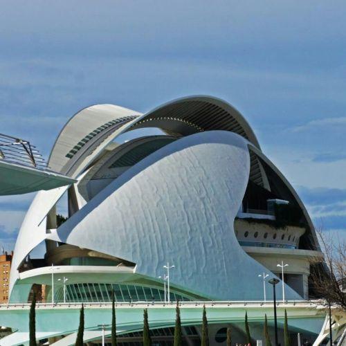 La Generalitat sostiene que el arquitecto debe reparar las 'arrugas' del Palau de les Arts
