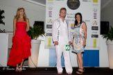 La Clinica Dental Art & Dent, entregó el premio Miss & Mr. Sonrisa Bonita Playa Pobla de Farnals 2014, a los aspirantes con las bocas más perfectas, título que recayó en Anais Vida Duce y Konst