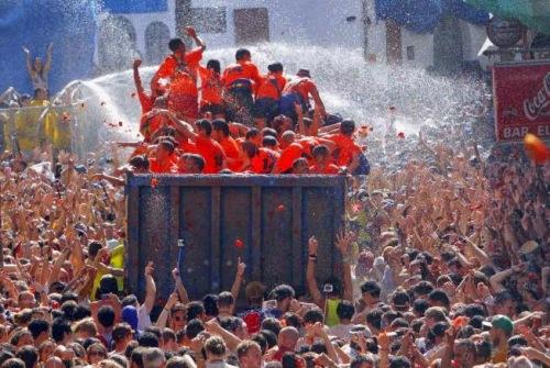 spain_tomato_festival_tomatina_de_buñol_2
