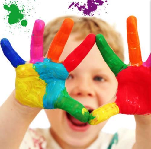 manos infantiles