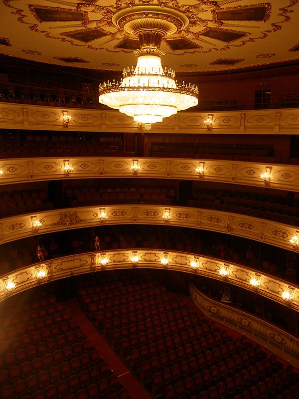 Olympus digital camera for Teatro principal valencia