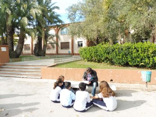 El dibujante valenciano Paco Roca y su clase magistral para el alumnado de Colegio El Prat. (2)