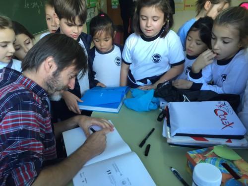 El dibujante valenciano Paco Roca y su clase magistral para el alumnado de Colegio El Prat. (5)
