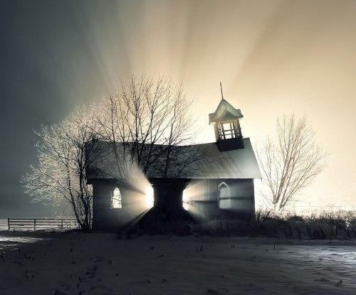 lugares terrorificos Iglesia Abandonada en la Nieve, Canada