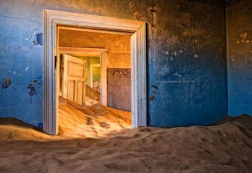lugares terrorificos Kolmanskop, Namibia