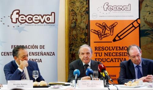 En la mesa: José Manuel Boquet, Presidente de FECEVAL; Víctor Villagrasa Ballester, Director Gerente de la patronal y Nicolás Ramos Pintado, de Comunicación.